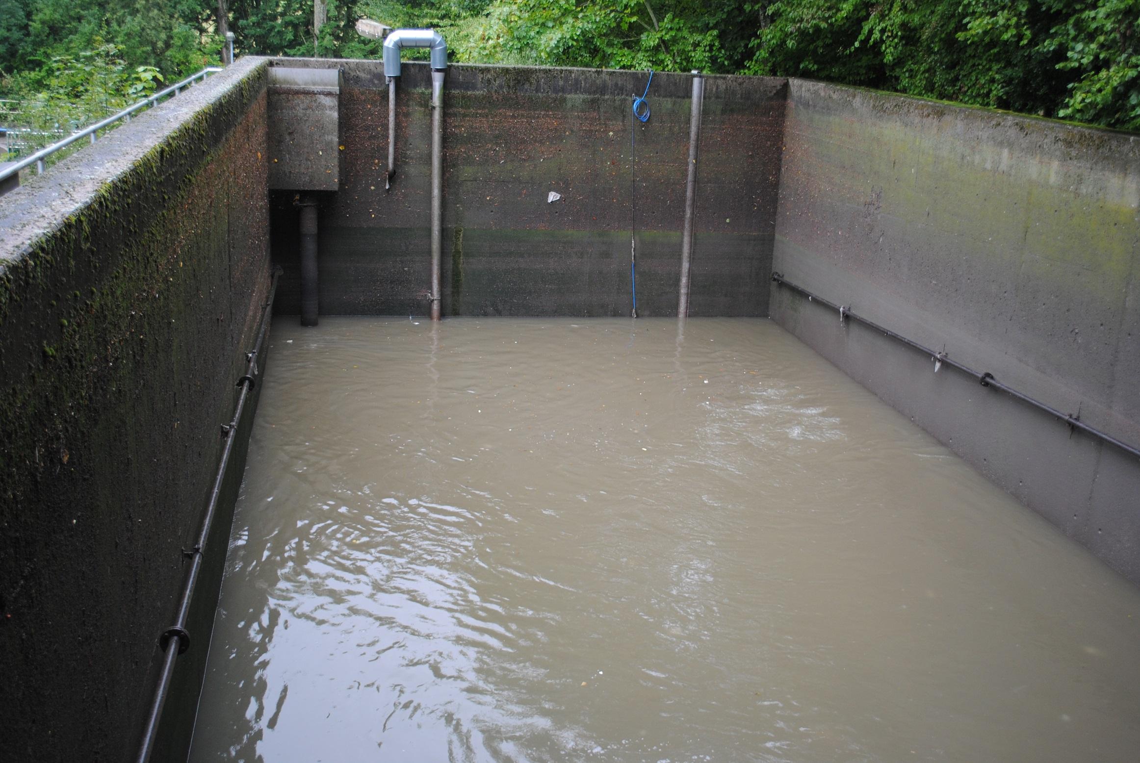 Bild 16: Regenüberlaufbecken in der ARA Ruppertshai